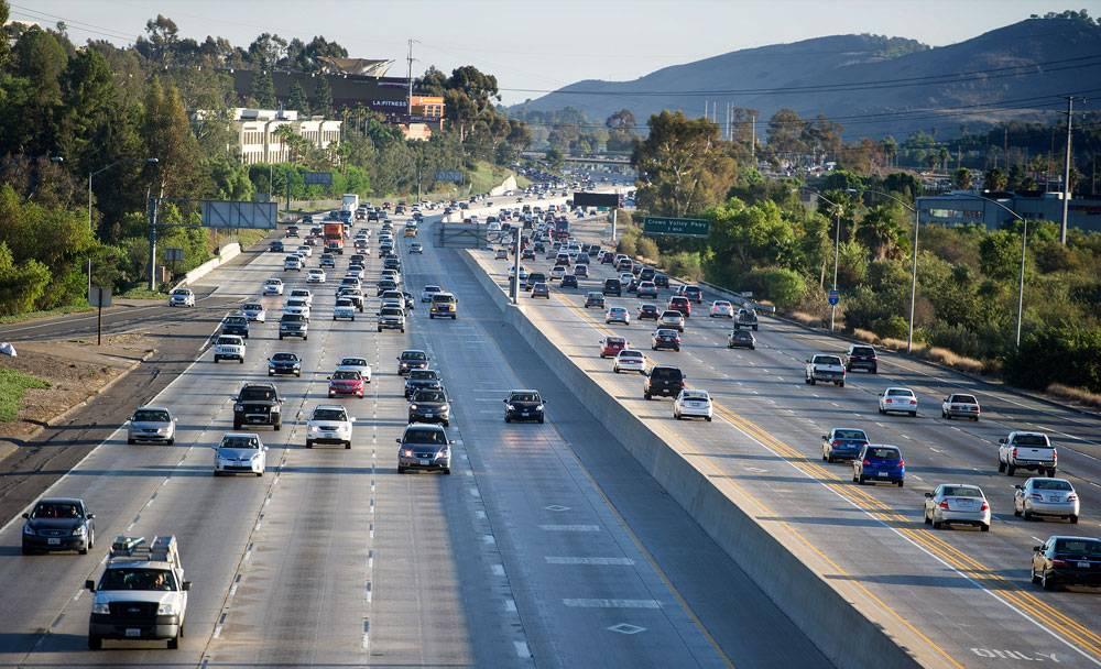Highway vs Freeway