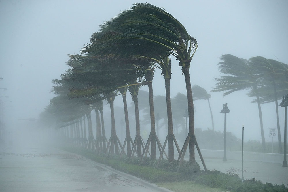 Difference Between Cyclone and Hurricane